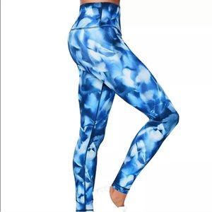 Lululemon pants size 8